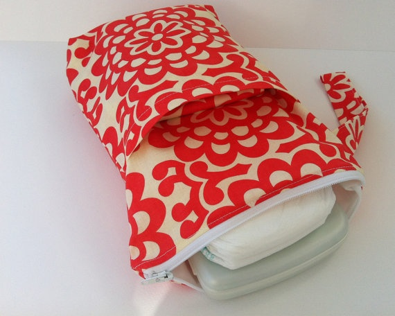 diaper/wipes case w/ pocket