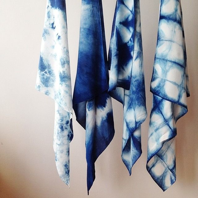 17 meilleures images propos de dye print shibori ikat batik sur pinterest tissus. Black Bedroom Furniture Sets. Home Design Ideas