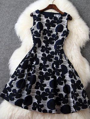 sleeveless dress three-dimensional flowers