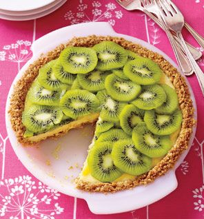 Kiwi Lime Pie: It has more Vitamin C than an orange and clocks in at only 219 calories per slice!!