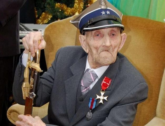 Józef Kowalski (born 2 February 1900) is, at age 113, thought to be Poland's oldest living man, and is possibly the oldest living man in Europe and second-oldest living man in the world  http://followmyfreedom.wordpress.com/2013/02/12/oldest-living-man-in-europe/#more-157