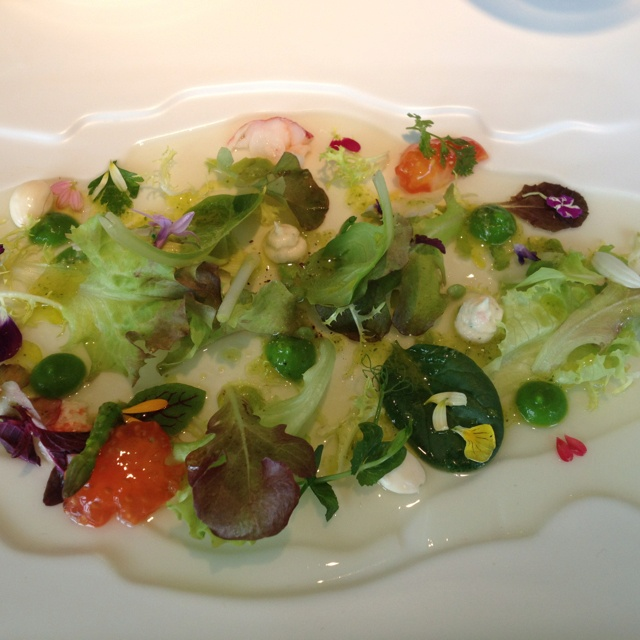 Warm vegetable hearts salad with seafood, cream of lettuce and iodized juice - @martinberasategui
