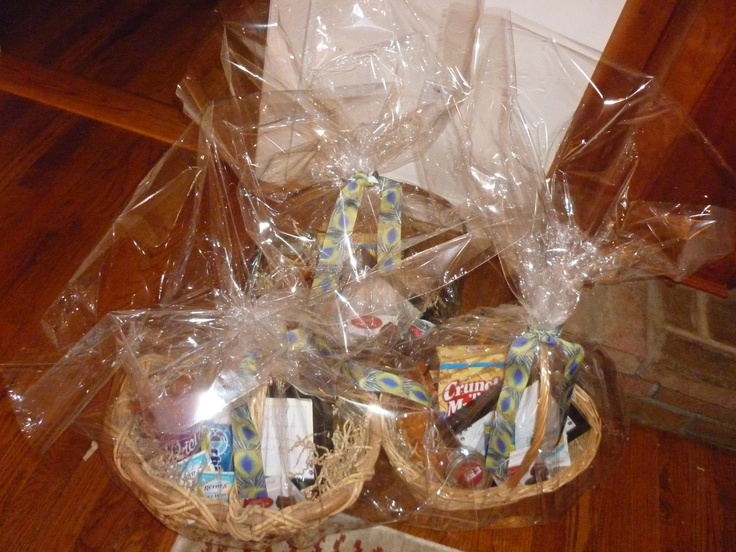 Wedding Gift Basket For Guests : wedding gift baskets made for out of town guests. Wedding Gift Baskets ...