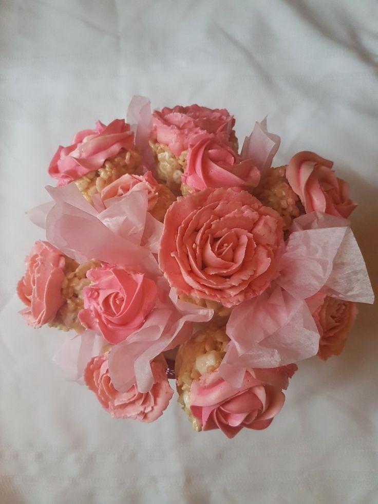 Rice Krispie cupcake bouquets! #mothersday #wedding #bridalshower