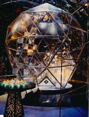 """The Extraordinary Story Of """"The Crystal Maze"""", The Most Epic Game Show Ever Made - BuzzFeed News"""