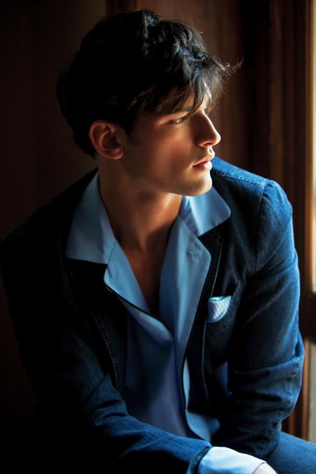 Shades of blue - piping on silk pyjama shirt with linen jacket and contrasting pocket square. With jeans?