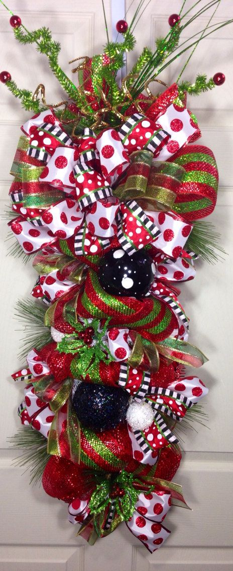 Christmas Mesh Swag by WilliamsFloral on Etsy, $75.00