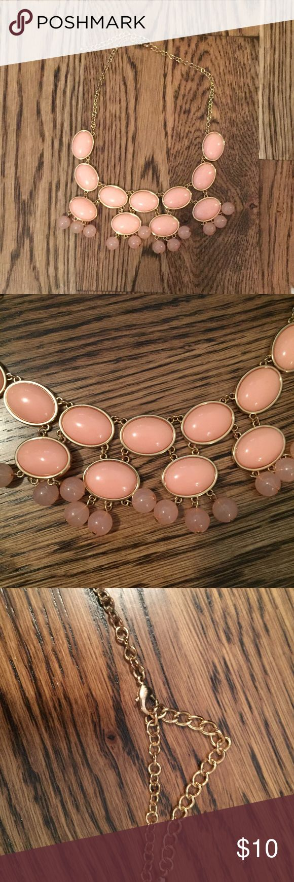 Coral Pink Peach chunky gold bubble Necklace Like new! Charming Charlie Jewelry Necklaces