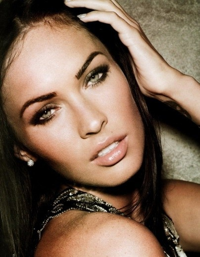 Megan Fox ! love her! her makeup is awesome in this picture