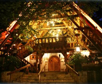 Coliba Haiducilor. An amazing restaurant experience in Poiana Brasov.