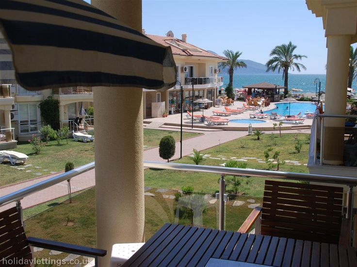 Holiday apartment with shared pool in Fethiye, Calis Beach - shared indoor pool, beach/lake nearby, jacuzzi/hot tub, balcony/terrace, air con, internet access, TV, DVD