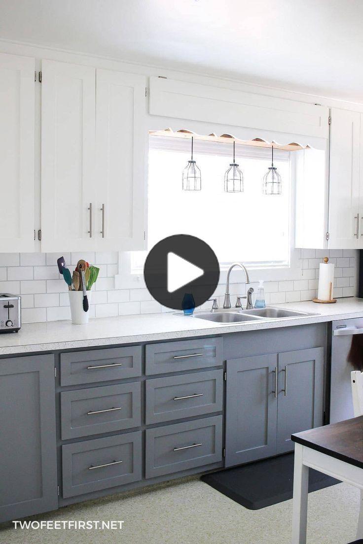 Mise A Jour Armoires De Cuisine Pour Pas Cher In 2020 Kitchen Cabinets On A Budget Diy Kitchen Renovation Update Kitchen Cabinets