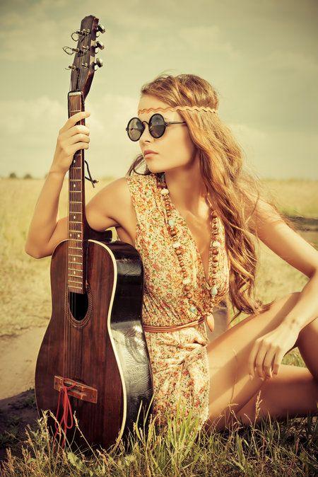 Les 25 meilleures id es concernant ann es 70 coiffure sur - Hippie annee 70 ...