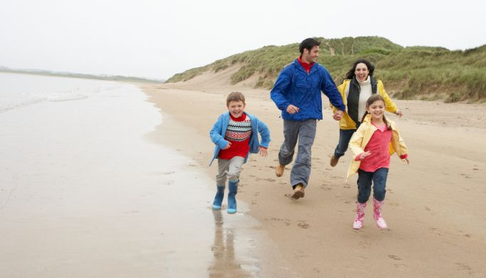 Pin for the future: Top Rainy Day Activities in Cornwall. http://www.newquay-hotels.co.uk/the-esplanade-hotel/blog/things-to-do-in-Cornwall/all-weather-family-activities-cornwall