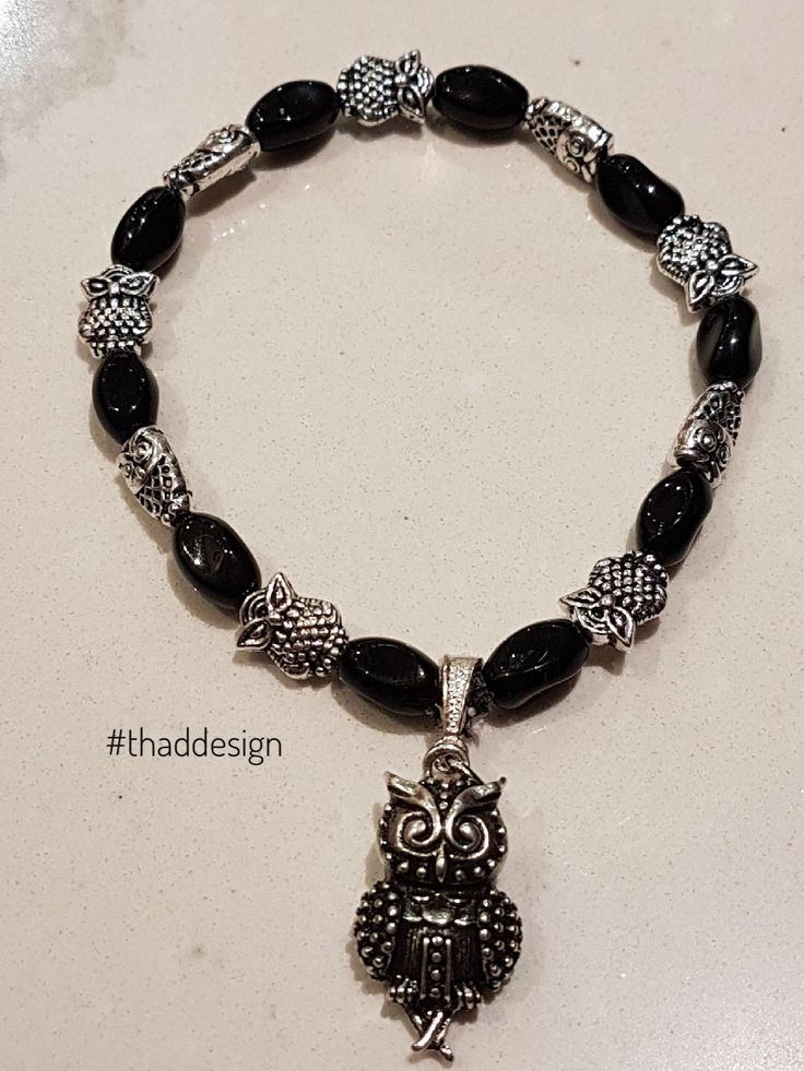 A beautiful bracelet made of black twist glass beads with silver plated owls... and a silver plated hanging owl pendant. 🦉❤️  #owl #bracelet #thaddesign