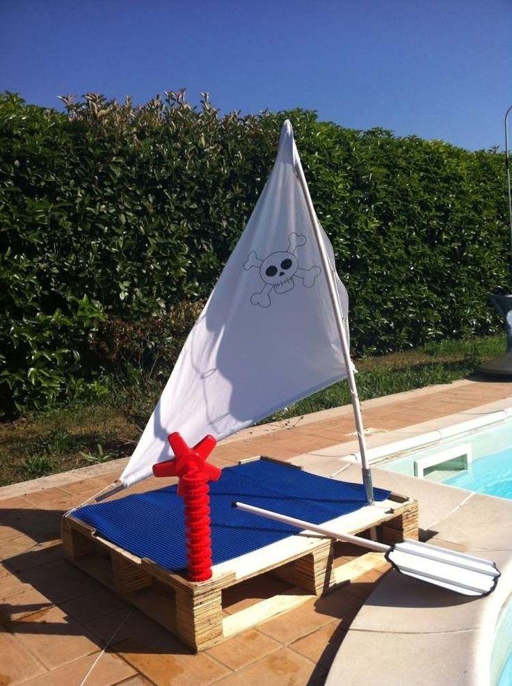 Piratenschiff für kleine Kinder ist tolle Idee für Außen