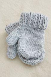 Ravelry: Simple Mittens pattern by Nikki Van De Car