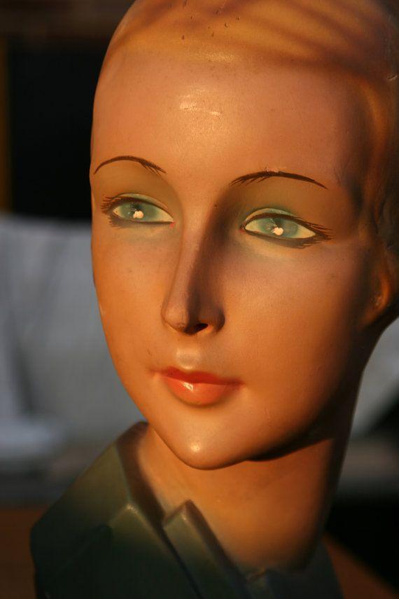 art deco millinery mannequin wwii original art deco hat display head. Black Bedroom Furniture Sets. Home Design Ideas