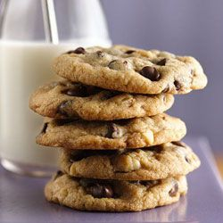 Ultimate Chocolate Chip Cookies from Gold Medal(R) Flour Recipe -- Seriously the BEST chocolate chip recipe ever! My older sister an I have been making these for years!