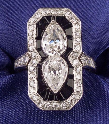 Art Deco Anillo de Platino, Diamante y   ónix.