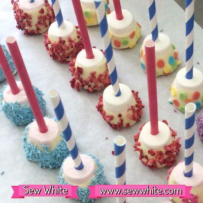 Sew White chocolate marshmallow bites #treatpetit party food, children's party food