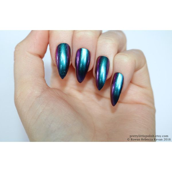 Chrome nails, Chrome stiletto nails, Fake nail, Stiletto nail, Kylie... (70 BRL) ❤ liked on Polyvore featuring beauty products, nail care and nail treatments
