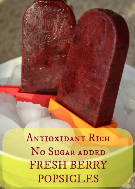 Fresh berry popsicles. Easy to make and packed with tons of vitamins and antioxidants.