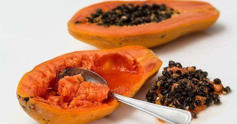 ¿Quieres empezar el día con una dosis extra de vitaminas? Entonces toma papaya en ayunas. Todos sus beneficios te convencerán.