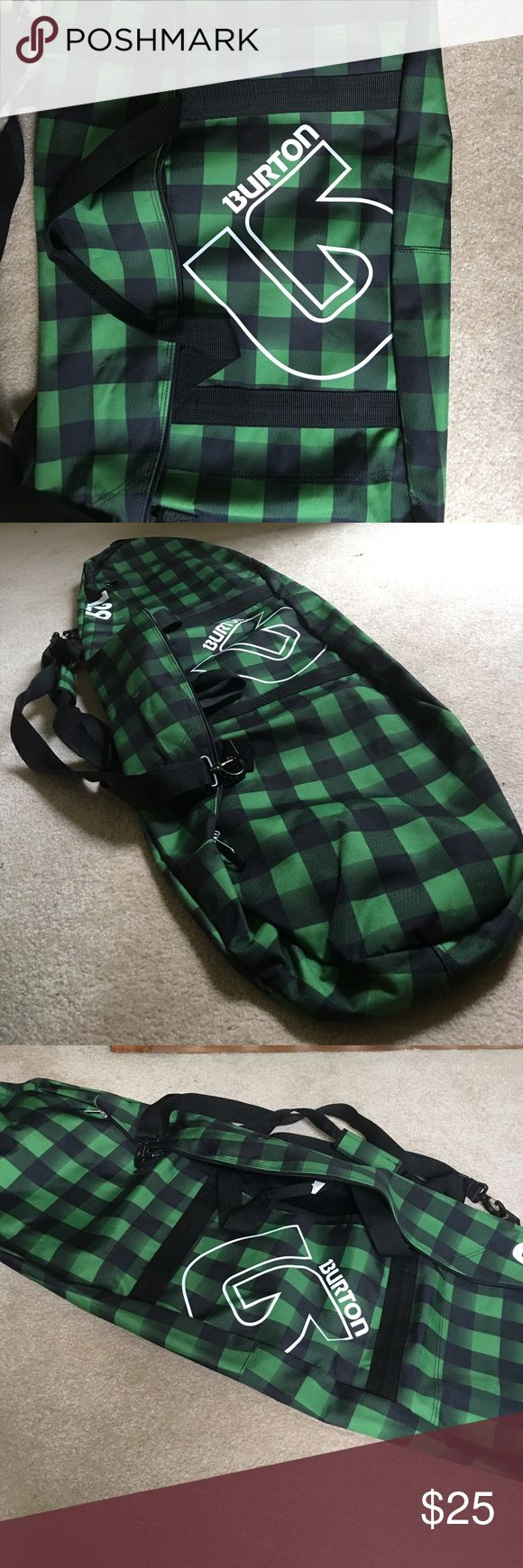 Burton Snowboard Bag 129 Never been used, like new Burton Snowboarding bag! Fits size 129 board or smaller! Burton Bags Luggage & Travel Bags