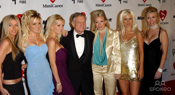 Musicares 2004 Person of the Year Tribute to Sting. at Sony Pictures Studios in Culver City, CA. 02/6/2004 Photo by Fitzroy Barrett/Globe Photos Inc.2004 Hugh Hefner and Playmates