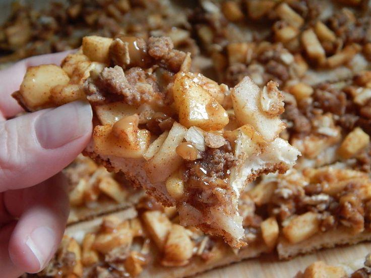 Caramel apple crisp pizza fingers by drizzle me skinny