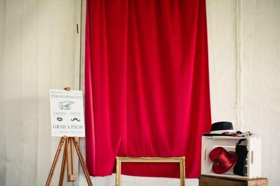 cortina-roja-photocall-fondo