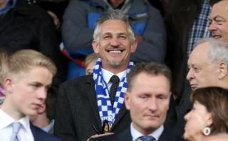 Gary Lineker to present Match of the Day in his underwear after Premier League triumph