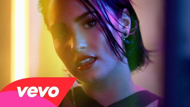 """Wilhelmina Models: Check out model, Stefanie Michova in Demi Lovato's """"Cool for the Summer"""" music video!"""