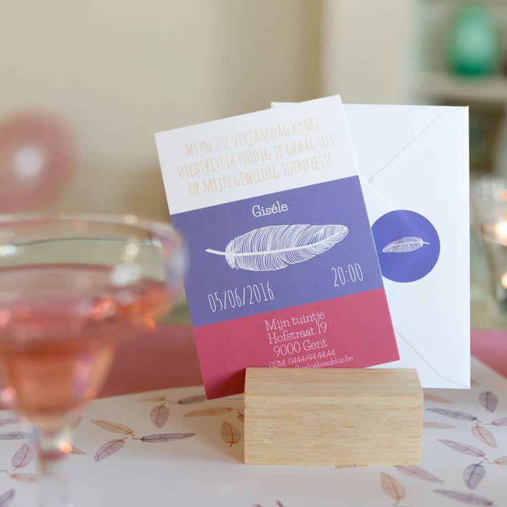 Beleef een dromerig feest met deze vederlichte uitnodigingen – Beaublue #vederlicht #roze #invitations #beaublue