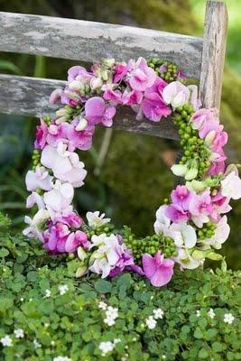 natural wreath- sweet peas