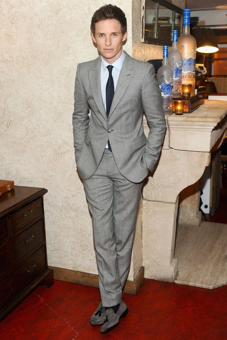 28 Times Eddie Redmayne Inspired Us To Wear a Suit