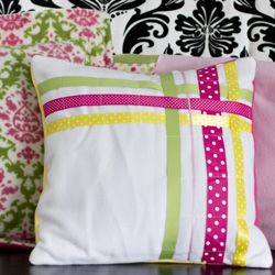 This ribbon pillow, is elegant and easy to make.  Great first sewing project.  Free pdf pattern comes in multiple pillow sizes.
