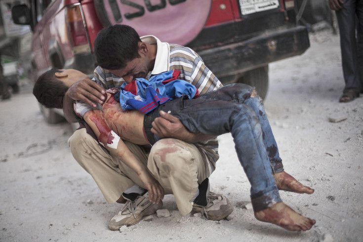 Syria's Agony in Pictures: War Journalists Describe Their Photographs - LightBox