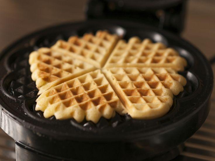 Wafelbeslag om zelf wafels te bakken. Als je zelf wafels wil maken moet je een wafelijzer hebben maar dan maak je zelf heerlijke wafels met dit wafelbeslag