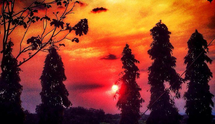 Sundown moment at Karanggandu
