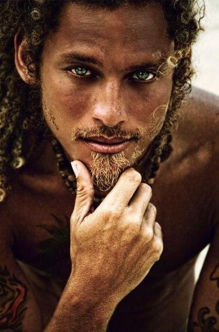 Stephen Bonnet? He's got that pirate look