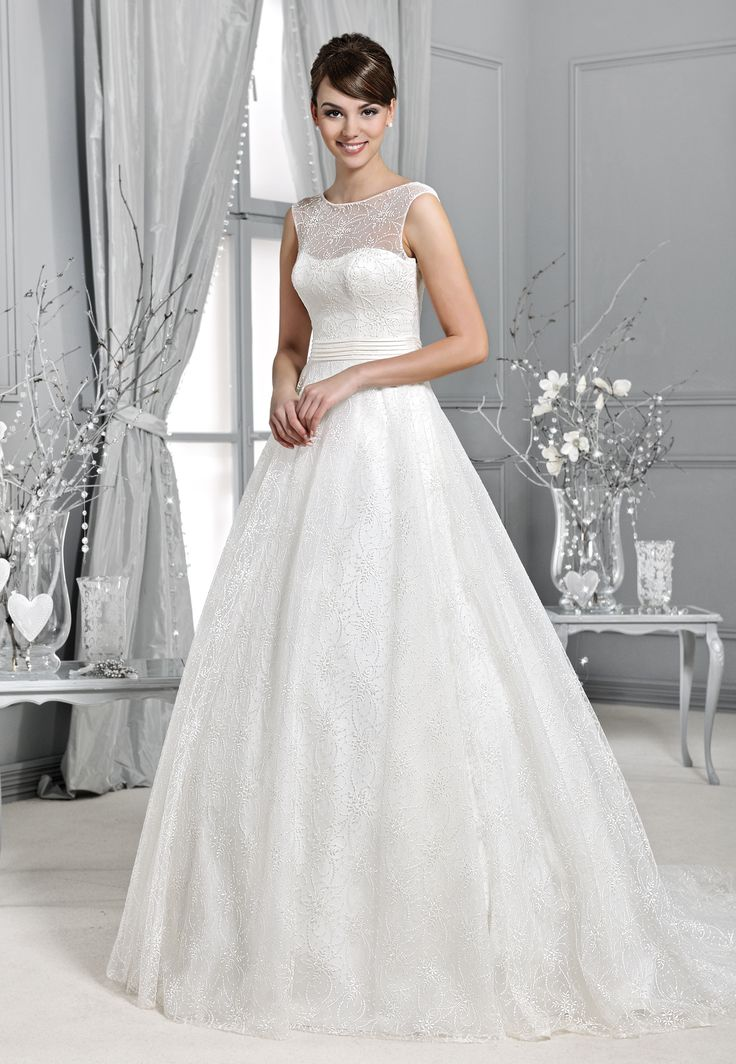 svatební šaty krajka s rukávy Agnes 14002