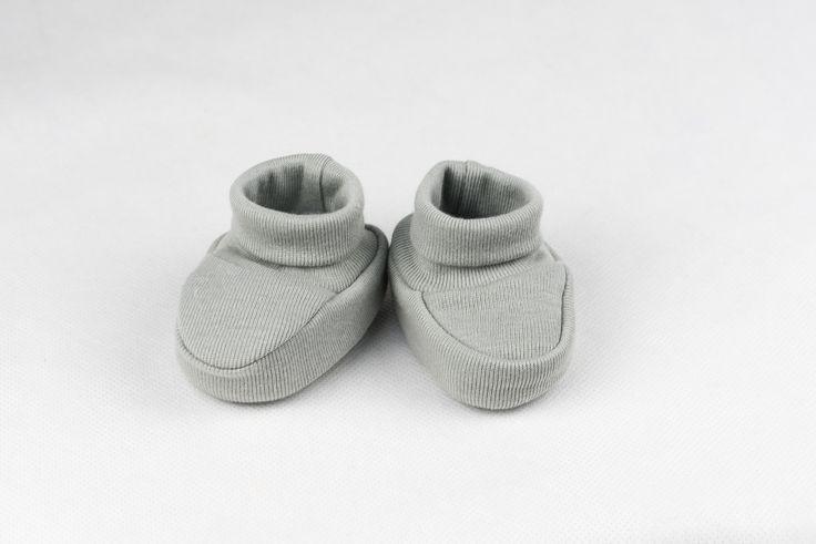 Regalos y canastillas para recién nacidos - Little Baby Born - Maletín Estrellas Rosas para niña recién nacida - Patucos