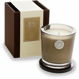 Aquiesse candle in Timber scent