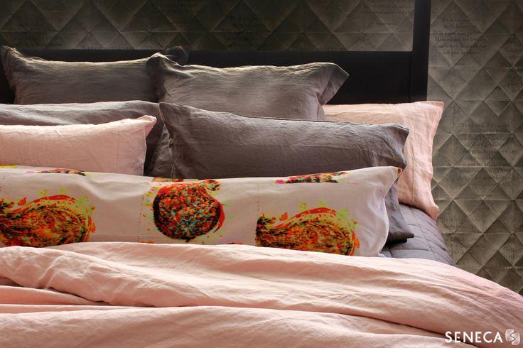 Vida stonewashed linen in vintage pink & charcoal