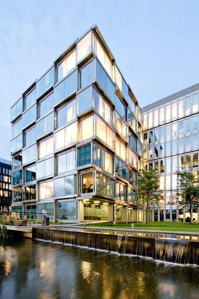 Best 25 Modern office building ideas only on Pinterest Paris