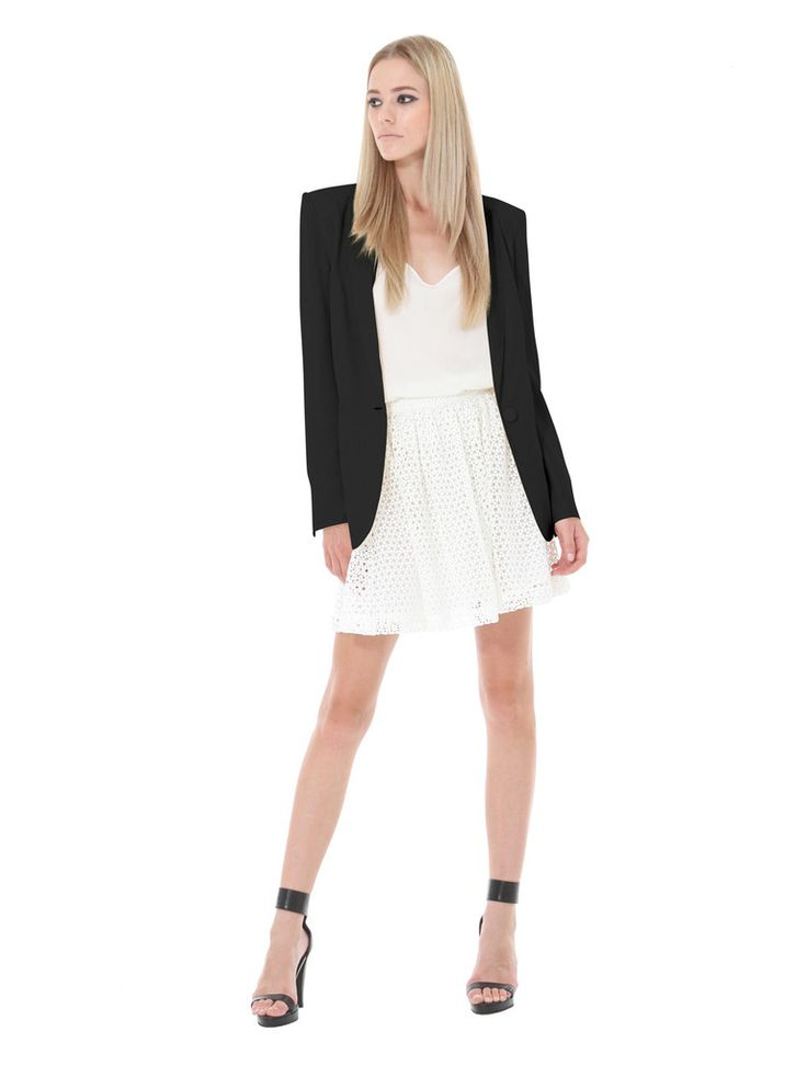 Be on trend this season with this Little Joe Woman by Gail Elliott Rock Your Baby blazer in black. The perfect model-off-duty piece that encapsulates the brands philosophy of laid back elegance.