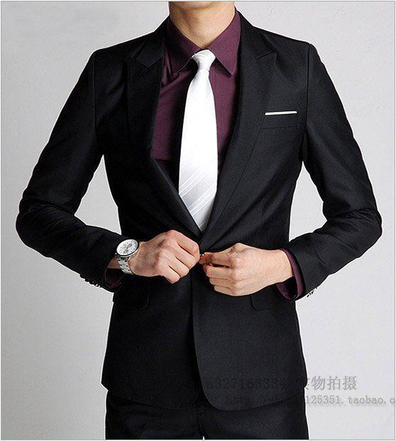 Model blazer pria formal warna hitam bisa untuk acara resmi di kantor bahkan buat santai juga bisa. Namanya blazer basic modelnya adalah jas pria. So hanya beda pada pembuatan nya saja.