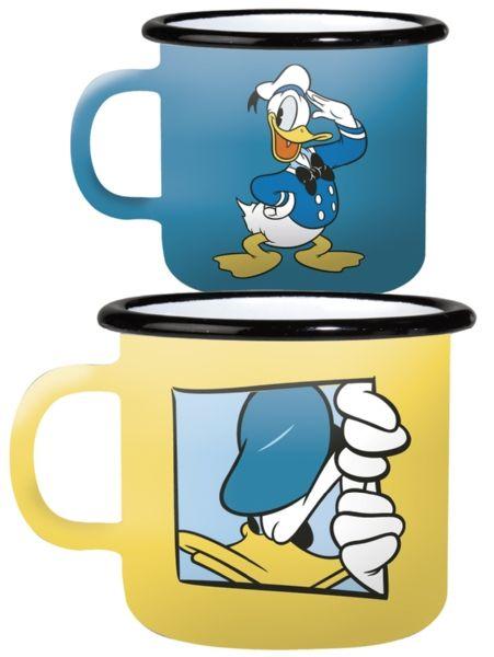 Kahden hauskan mukin settiin kuuluu sininen ja keltainen Aku-muki. Molempien emalimukien tilavuus on 3,7 dl. Valmistajana kotimainen Muurla.